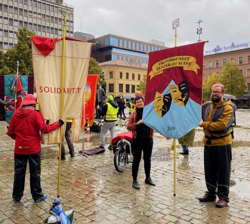 Fanemarkering til støtte for busstreiken