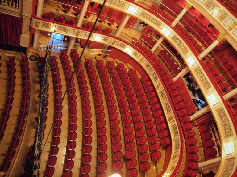 Drammen teater sal fra taket